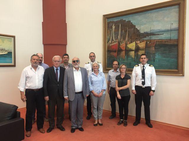Ενημέρωση Νορβηγίδας Ειδικού από το ΕΛ.ΚΕ.Θ.Ε. για τον καθαρισμό του Σαρωνικού Κόλπου